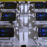 Video: Samsung showed how to test the flexible screen of the smartphone Galaxy Fold