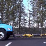 """Video: Boston Dynamics """"Hunde"""" ziehen Lastwagen"""