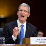 Shareholders will sue Apple: the company hid poor sales of the iPhone