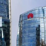 Huawei expelled from the headquarters of the Americans and forbade employees to communicate with American partners