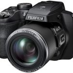 Fujifilm FinePix S8400W Ultrasound: 44x optical zoom and Wi-Fi