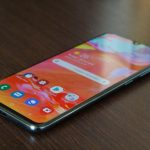 Інсайдер: флагман Samsung Galaxy A90 не отримає виїжджаючу камеру, як у Galaxy A80