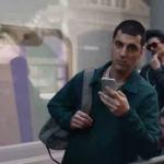 Aufgrund von Hinweis 10 hat Samsung eine Anzeige entfernt, in der Apple Trolle für den Verzicht auf den 3,5-mm-iPhone-Anschluss verwendet