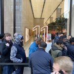 Sales of iPhone 11, iPhone 11 Pro and iPhone 11 Pro Max started: traditional queues could not do without