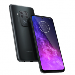 Motorola One Zoom: four-module camera, 21: 9 OLED screen, Snapdragon 675 processor and glowing bat logo