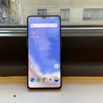 OnePlus 7T received the first OxygenOS update: fixed bugs and improved the camera