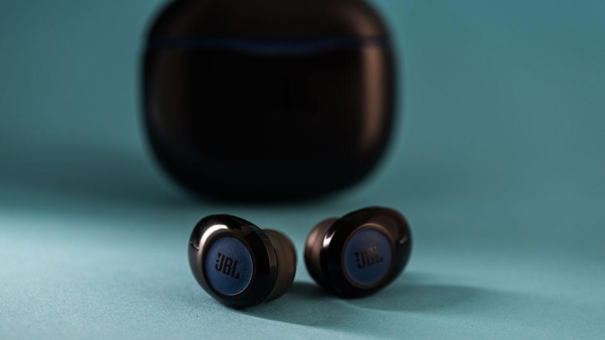 Jbl Tune 120tws Headphones Wireless Sound Enjoyment Geek Tech Online
