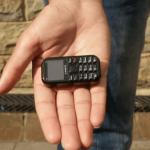Zanco Tiny T2 - найменший в світі телефон розміром із запальничку