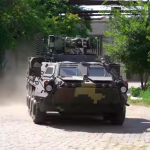 New Ukrainian armored personnel carriers already covered with cracks