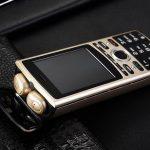 SERVO R25: кнопковий телефон з вбудованою TWS-гарнітурою і акумулятором на 6000 мА-ч за $ 40