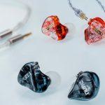 DUNU DM-480: titanium two-driver dynamic headphones in a housing printed on a 3D printer