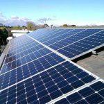 Wissenschaftler haben die Fähigkeit von Sonnenkollektoren entdeckt, die Energie der Sonne nachts zu speichern