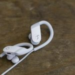 Apple Powerbeats 4: 15 hours of work for $ 149.95