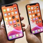 Ne více než dva v jedné ruce: Apple má omezený prodej iPhone