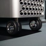 Apple began selling wheels and legs for the Mac Pro PC - at the price of a flagship smartphone