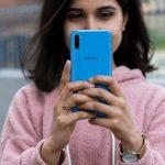 Ви тільки не смійтеся, але Samsung зробив бюджетний смартфон краще, ніж новітні Xiaomi