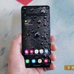 مراجعة Samsung Galaxy A41: 6.1 بوصة مدمجة
