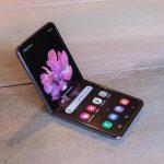 Samsung працює над бюджетним складним смартфоном: новинка отримає форм-фактор, як Galaxy Z Flip