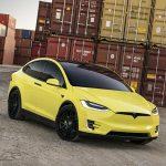 Tesla запускає сервіс фарбування своїх електромобілів