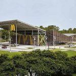 «Макдоналдс» відкрив перший в світі ресторан з нульовим споживанням електрики