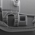 Нова ручка дозволяє малювати в 3D за допомогою металу та дерева