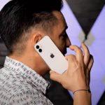 Publikovány první živé fotografie iPhonu 12 mini