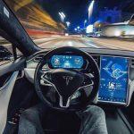 Вчені з'ясували, що автопілот Tesla може запобігти до 90% всіх аварій