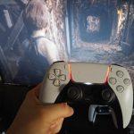 Геймпад PlayStation 5 вміє показувати стан здоров'я персонажа в грі