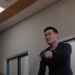 Robot založený na AI se naučil chodit i se poškozenou nohou