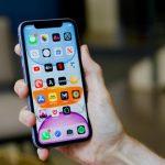 Apple zdarma změní problematické displeje iPhone 11