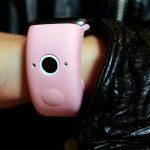 Představený řemínek pro Apple Watch se dvěma vestavěnými fotoaparáty (vypadá divně)