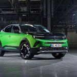 Електричний кросовер Opel Mokka-E ще не вийшов на ринок, а його вже розкупили