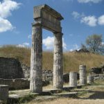 """An ancient burial with a """"ticket"""" to the kingdom of the dead was found in Crimea"""
