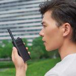 Xiaomi Mi Walkie Talkie Lite: kompaktní rádio s dosahem až 5 km a cenovkou 23 $