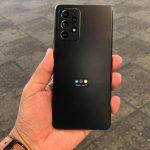 """Samsung Galaxy A52 """"svítí"""" na fotografiích a videích: matné barvy, čtyřnásobný fotoaparát a ochrana proti vodě IP67"""