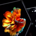 Xiaomi introduced its first smartphone with a flexible screen Mi Mix Fold