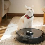 This smart vacuum cleaner can navigate inside the apartment better than your cats.
