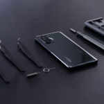Xiaomi showed how the Poco F3 looks from the inside