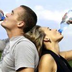 Лікар розповіла, як надлишок води може привести до смерті