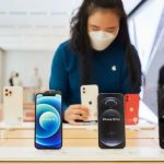 TOP 10 most popular smartphones in the world: iPhone 12 and old Apple models became the undisputed leaders