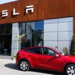 Tesla recalls 285,000 electric vehicles due to cruise control program