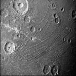 شاهد عرضًا تفصيليًا لقمر كوكب المشتري جانيميد