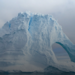 Underwater seismometers can record the movement of glaciers