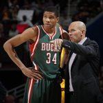 عاقب المدرب فريق NBA بأكمله لاستخدامه هاتفًا ذكيًا يعمل بنظام Android