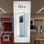 Xiaomi Mi MIX 4 على الملصق الرسمي: كاميرا أمامية تحت الشاشة وكاميرا رئيسية عملاقة