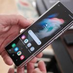ستتيح لك Samsung فتح محمل الإقلاع Z Fold 3 ، ولكن على حساب فقدان الكاميرات
