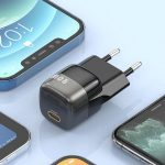 KUULAA Super Si: compact 20W power supply with European plug for iPhone, iPad and more